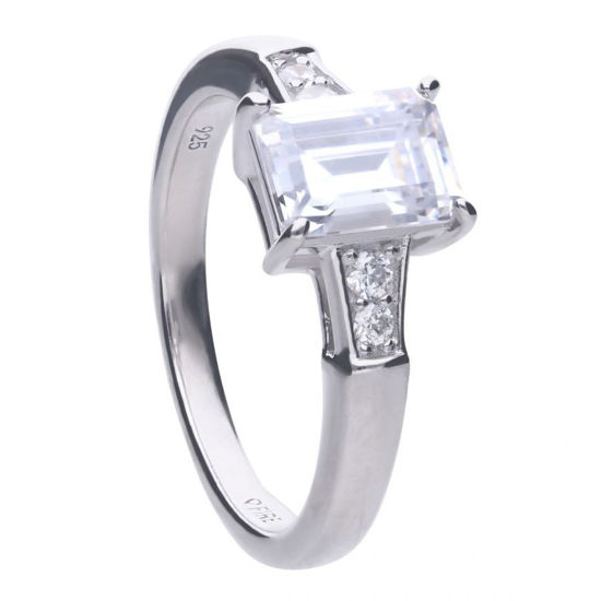 Picture of Emerald Cut Ring