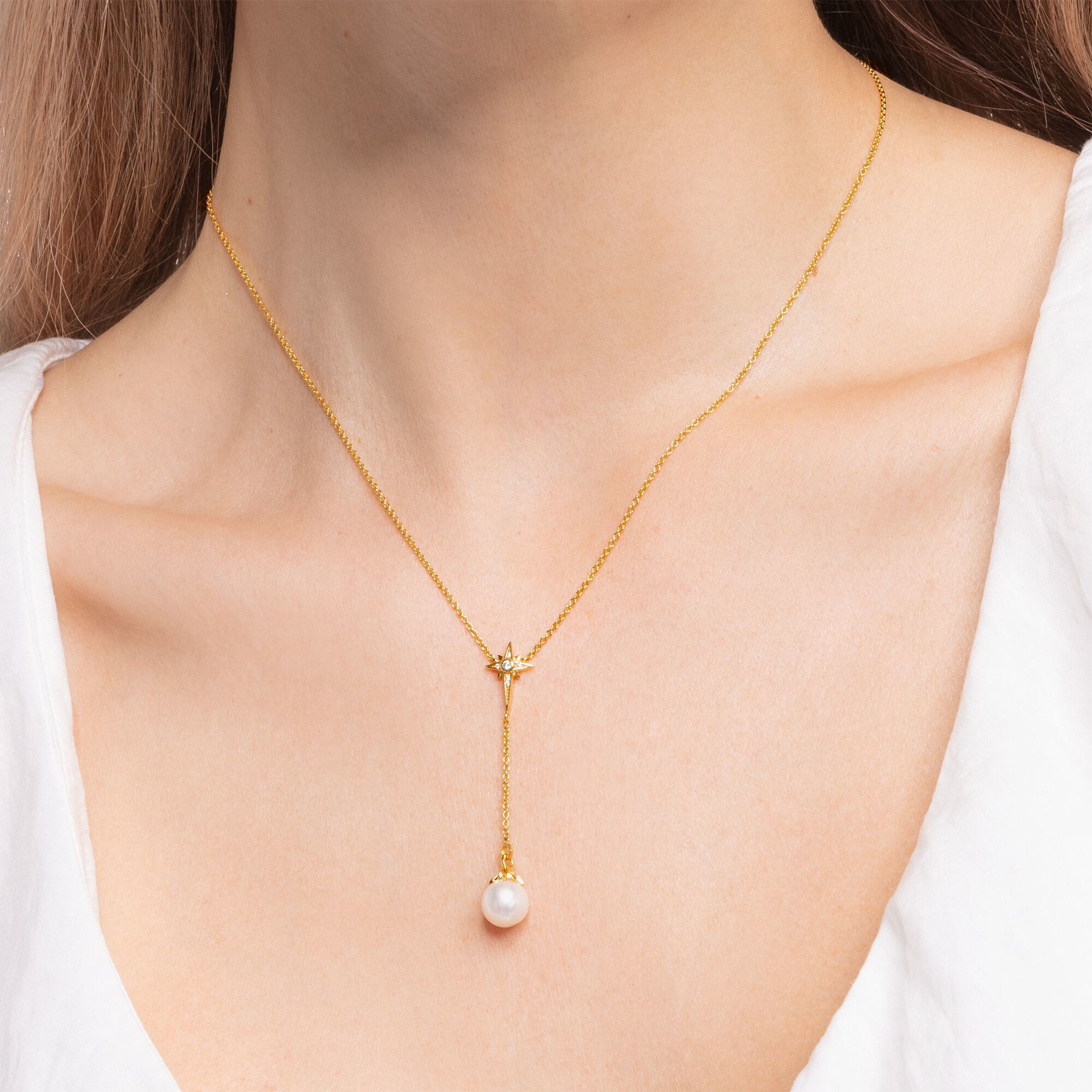 Picture of Pearl Star Necklace in Gold