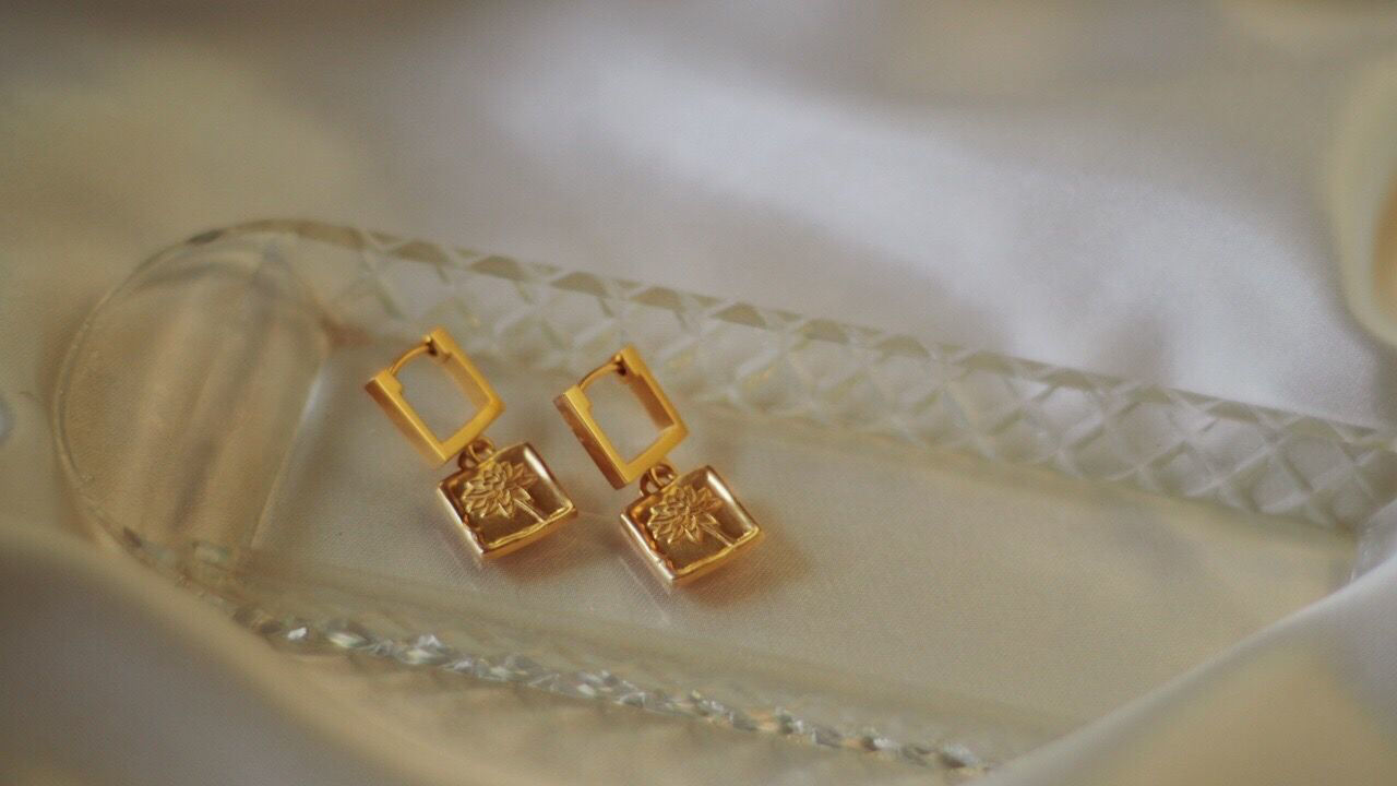 Picture of Floriography Water Lily Drop Earrings 18ct Gold Plate